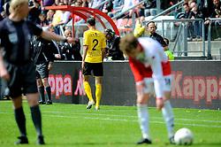 16-05-2010 VOETBAL: FC UTRECHT - RODA JC: UTRECHT<br /> FC Utrecht verslaat Roda in de finale van de Play-offs met 4-1 en gaat Europa in / Rood voor Davy de Fauw<br /> ©2010-WWW.FOTOHOOGENDOORN.NL