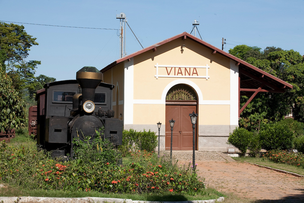 Viana_MG, Brasil...Estacao Ferroviaria de Viana...Viana Railroad Depot...Foto: LEO DRUMOND / NITRO