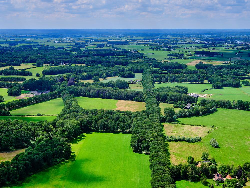 Nederland, Gelderland, Gemeente Lochem, 21–06-2020; landelijk landschap tussen Ommen en Zutphen (Kwartier Zutphen), onderdeel van de Achterhoek. Omgeving Vorden.<br /> Rural landscape between Ommen and Zutphen (Quarter Zutphen).<br /> <br /> luchtfoto (toeslag op standaard tarieven);<br /> aerial photo (additional fee required)<br /> copyright © 2020 foto/photo Siebe Swart