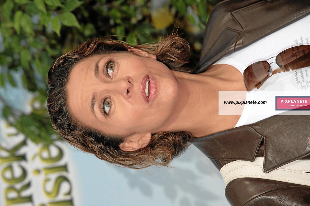 Corinne Touzet - Avant Première à Paris du troisième volet de Shrek - 7/6/2007 - JSB / PixPlanete