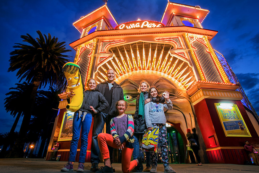 17/11/2012 FCNV CDS. Luna Park at night, twilight. Luna Park will celebrate it's 100th birthday on 13th December 2012..Picture By Craig Sillitoe.
