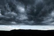 France, Languedoc Roussillon, Gard (30), Saint-Hyppolite-du-Fort, ciel d'orage