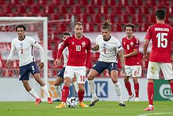 Christian Eriksen (Danmark) og Kalvin Phillips (England) under UEFA Nations League kampen mellem Danmark og England den 8. september 2020 i Parken, København (Foto: Claus Birch).