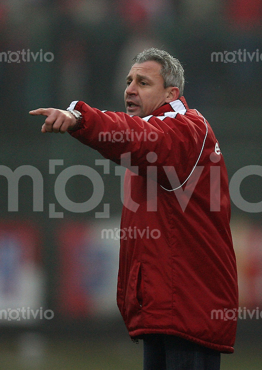 Erfurt , 100207 , Fussball Regionalliga Nord FC Rot Weiss Erfurt - LR Ahlen  Trainer Pavel DOCHEV (Erfurt)