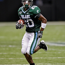 Sep 26, 2009; New Orleans, LA, USA;  Tulane Green Wave wide receiver Jeremy Williams (20) runs against the McNesse State Cowboys at the Louisiana Superdome. Tulane defeated McNeese State 42-32. Mandatory Credit: Derick E. Hingle-US PRESSWIRE