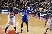 DESCRIZIONE : Roma Lega serie A 2013/14 Acea Virtus Roma Banco Di Sardegna Sassari<br /> GIOCATORE : Green Caleb <br /> CATEGORIA : tiro<br /> SQUADRA : Banco Di Sardegna Dinamo Sassari<br /> EVENTO : Campionato Lega Serie A 2013-2014<br /> GARA : Acea Virtus Roma Banco Di Sardegna Sassari<br /> DATA : 22/12/2013<br /> SPORT : Pallacanestro<br /> AUTORE : Agenzia Ciamillo-Castoria/ManoloGreco<br /> Galleria : Lega Seria A 2013-2014<br /> Fotonotizia : Roma Lega serie A 2013/14 Acea Virtus Roma Banco Di Sardegna Sassari<br /> Predefinita :