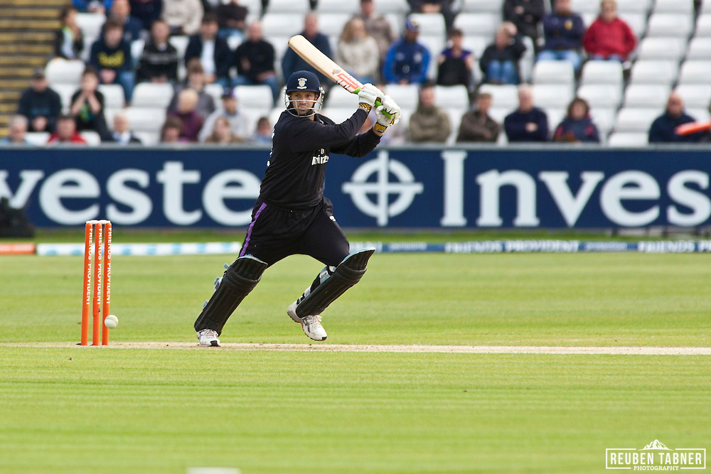 Man of the Match Ross Taylor, managed to smack nine (9) six's during his innings against Leicestershire Foxes.