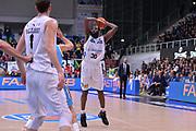DESCRIZIONE : Trento Lega A 2015-16 Dolomiti Energia Trentino - Vanoli Cremona<br /> GIOCATORE : Julian Wright<br /> CATEGORIA : Tiro Tre Punti Three Point<br /> SQUADRA : Dolomiti Energia Trentino - Vanoli Cremona<br /> EVENTO : Campionato Lega A 2015-2016 <br /> GARA : Dolomiti Energia Trentino - Vanoli Cremona<br /> DATA : 24/1/2016 <br /> SPORT : Pallacanestro <br /> AUTORE : Agenzia Ciamillo-Castoria/M.Gregolin<br /> Galleria : Lega Basket A 2015-2016 <br /> Fotonotizia : Trento Lega A 2015-16 Dolomiti Energia Trentino - Vagoli Cremona