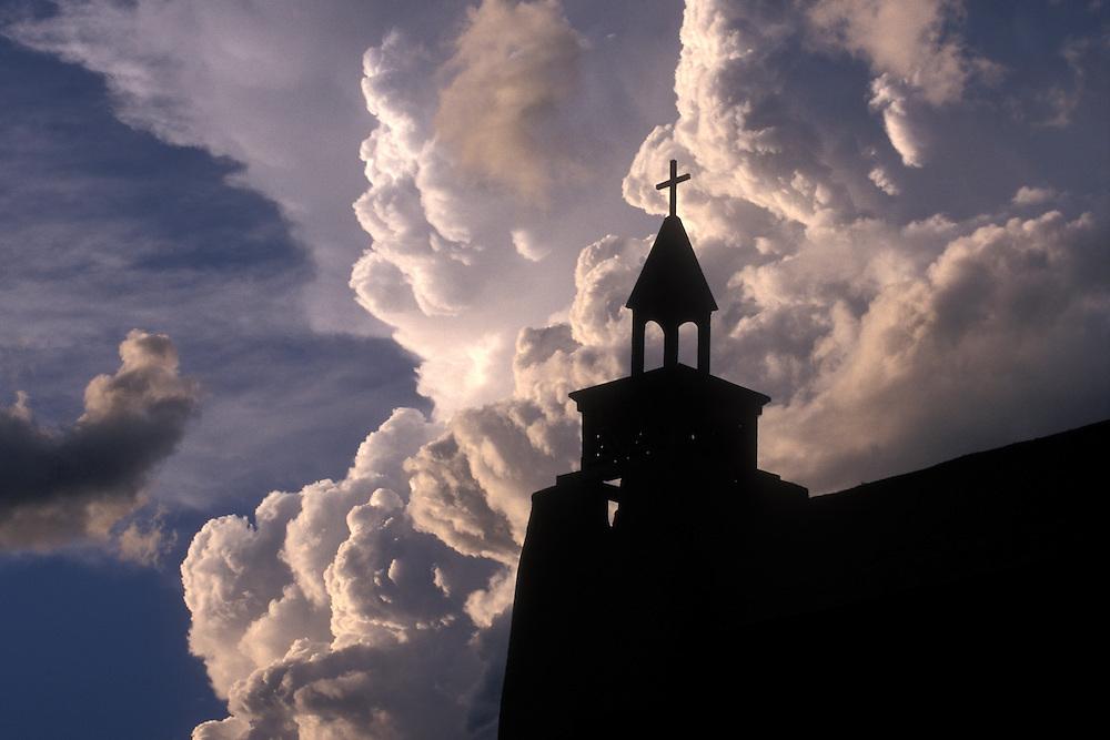EEUU. Nuevo México. Las Trampas<br /> Silueta de la iglesia de Las Trampas<br /> <br /> USA. New Mexico. Las Trampas<br /> Las Trampas Church silhouette<br /> <br /> © JOAN COSTA