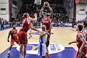 DESCRIZIONE : Eurolega Euroleague 2015/16 Group D Dinamo Banco di Sardegna Sassari - Brose Basket Bamberg<br /> GIOCATORE : Gabe Olaseni<br /> CATEGORIA : Rimbalzo<br /> SQUADRA : Brose Basket Bamberg<br /> EVENTO : Eurolega Euroleague 2015/2016<br /> GARA : Dinamo Banco di Sardegna Sassari - Brose Basket Bamberg<br /> DATA : 13/11/2015<br /> SPORT : Pallacanestro <br /> AUTORE : Agenzia Ciamillo-Castoria/L.Canu
