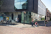 Verkeer in de Lange Nieuwstraat in Utrecht.<br /> <br /> Traffic at the Lange Nieuwstraat Utrecht.