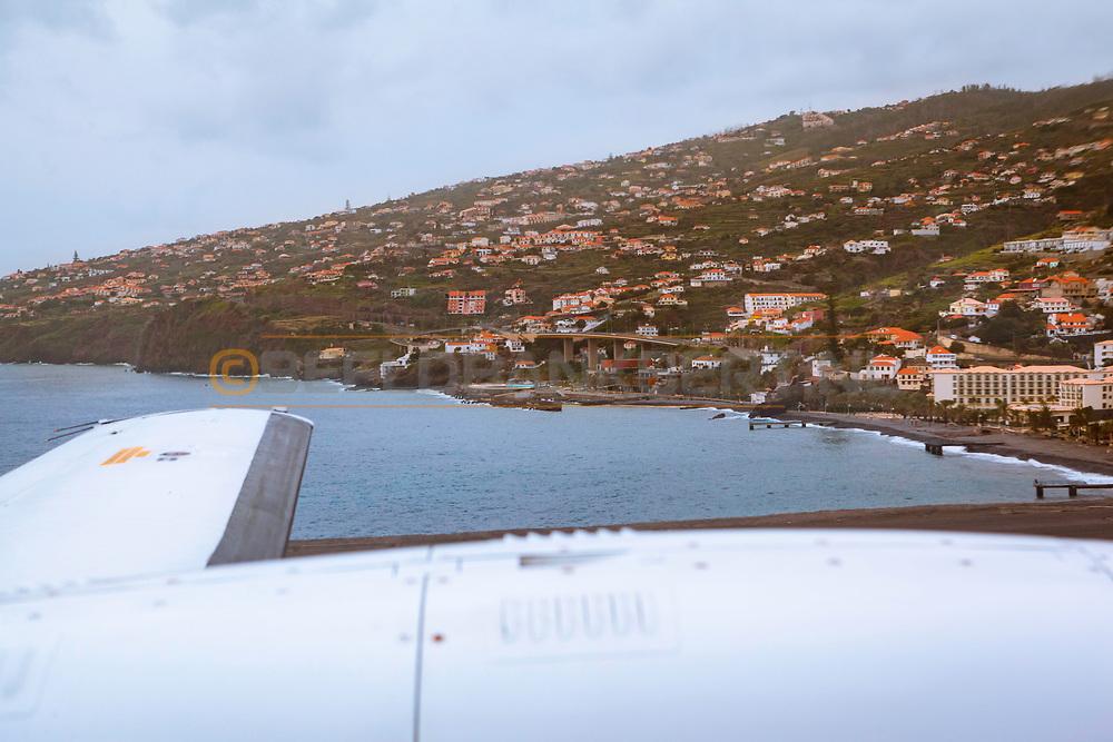 08-12-2015 -  Foto van Vliegtuig naar Porto Santo: BAe Jetstream 32 CS-DVQ. Genomen tijdens een golfreis naar de Madeira Islands bij Madeira Airport in Funchal, Portugal.