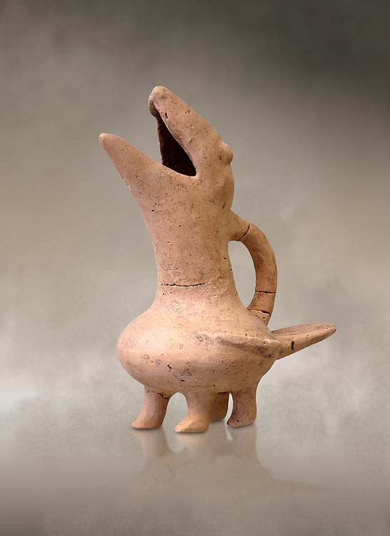 Early Cretian Minoan bird shaped  clay vessel, 2300-1900 BC,  Heraklion Archaeological  Museum  . .<br /> <br /> If you prefer to buy from our ALAMY PHOTO LIBRARY  Collection visit : https://www.alamy.com/portfolio/paul-williams-funkystock/minoan-art-artefacts.html . Type -   Heraklion   - into the LOWER SEARCH WITHIN GALLERY box. Refine search by adding background colour, place, museum etc<br /> <br /> Visit our MINOAN ART PHOTO COLLECTIONS for more photos to download  as wall art prints https://funkystock.photoshelter.com/gallery-collection/Ancient-Minoans-Art-Artefacts-Antiquities-Historic-Places-Pictures-Images-of/C0000ricT2SU_M9w