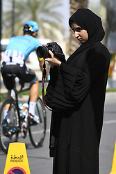 February 14, 2018 - Muscat, Oman - MUSCAT, SULTANATE OF OMAN - FEBRUARY 14 : Illustration picture supporters fans during stage 2 of the 9th edition of the 2018 Tour of Oman cycling race, a stage of 167.5 kms between Sultan Qaboos University and Al Bustan on February 14, 2018 in Muscat, Sultanate Of Oman, 14/02/2018 (Credit Image: © Panoramic via ZUMA Press)