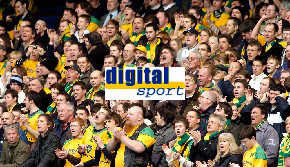 Photo: Leigh Quinnell.<br /> Chelsea v Norwich City. The FA Cup. 17/02/2007.<br /> Norwich fans enjoy the day.