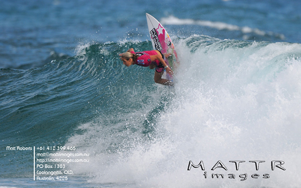 Gold Coast, Australia - March 5: Chelsea Hedges 13.50pts defeated Rosanne Hodge 12.17 during round 3 of the Roxy Pro Gold Coast 2010 at Snapper Rocks on the Gold Coast, March 5, 2010 Photo by Matt Roberts/MATTRimages.com.au | Image ID: MTR_0046.jpg
