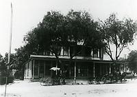 1900 Sackett Hotel