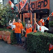 Oranje huis versierd Delta 207 Huizen