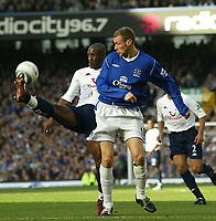 Fotball<br /> Premier League 2004/2005<br /> Foto: SBI/Digitalsport<br /> NORWAY ONLY<br /> <br /> Everton v Tottenham Hotspur<br /> Barclays Premiership.<br /> 03/10/2004.<br /> <br /> Spurs Noe Pamarot clears from Everton's Duncan Ferguson