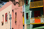 Buenos Aires, Argentina...Imagens da cidade de Buenos Aires, capital da Argentina. Na foto El Caminito, uma das ruas mais pirotescas da cidade com casas coloridas no bairro turistico e popular de Buenos Aires Bairro La Boca. ..Buenos Aires, capital of Argentina. In this photo some colored houses in Caminito, popular and touristic street in La Boca neighborhood...Foto: LEO DRUMOND / NITRO