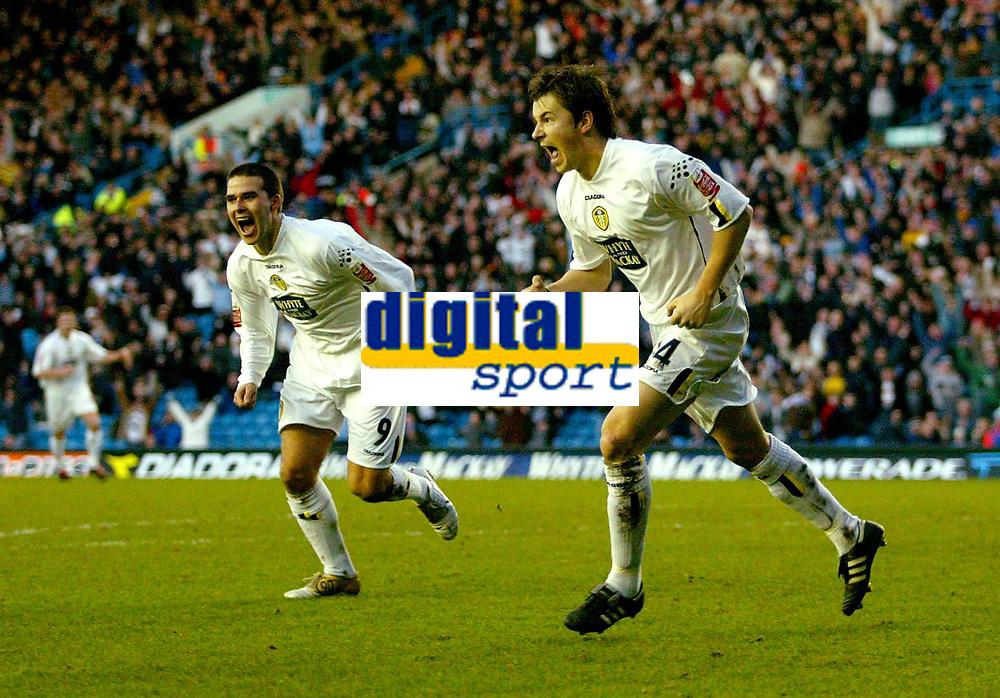 Fotball<br /> England 2004/2005<br /> Foto: BPI/Digitalsport<br /> NORWAY ONLY<br /> <br /> Leeds United v Millwall<br /> Coca Cola Championship. <br /> 19/12/2004.<br /> <br /> John Oster (R) celebrates his opener with David Healy for Leeds.