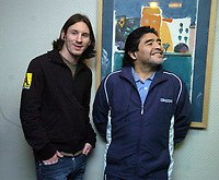 """Fotball<br /> Foto: Piko Press/Digitalsport<br /> NORWAY ONLY<br /> <br /> DIEGO MARADONA and LIONEL MESSI meet  in Rosario, Argentina  03.08.07.<br /> MESSI is in holidays in Rosario, his family town and Diego Maradona was there to play a """"showball"""" match for Argentina Vs Uruguay.<br /> DIEGO MARADONA request the N*10 in the Argentine T-shirt for Messi."""