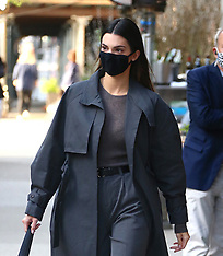 Kendall Jenner out in New York - 1 May 2021