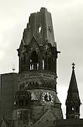 Berlin, GERMANY,  General views, GV's, Kaiser-Wilhelm-Gedächtniskirche, Memorial Church, near the 'Berlin Zoologischer Garten Bahnhof' Station, Berlin, Friday, 19/12/2008.  {Mandatory Credit/Peter Spurrier] Street Photos