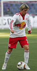 21.02.2010, Wals Siezenheim, Salzburg, AUT, 1. FBL, FC Red Bull Salzburg vs Lask Linz, Spieltag 21, im Bild Leitgeb Christoph, Red Bull Salzburg,  EXPA Pictures © 2010, Photographer EXPA D. Scharinger / for Slovenia SPORTIDA PHOTO AGENCY.