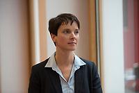 DEU, Deutschland, Germany, Berlin, 09.10.2015: Portrait Dr. Frauke Petry, Landes- und Fraktionsvorsitzende der AfD in Sachsen.