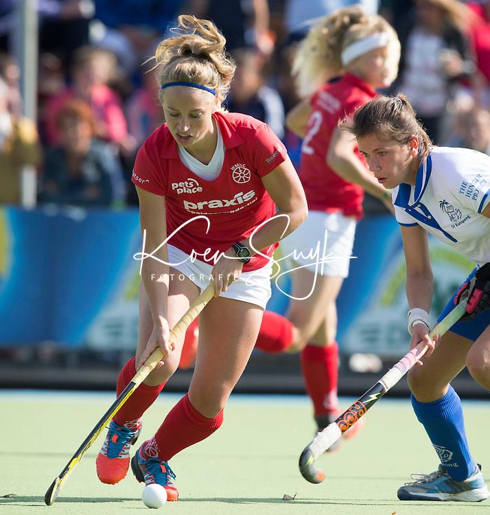 UTRECHT- HOCKEY - Thisja v d Kruijs van Wageningen tijdens de competitie hockeywedstrijd tussen de vrouwen van Kampong en Wageningen (4-0). COPYRIGHT KOEN SUYK