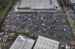 © Licensed to London News Pictures. 22/12/2020. London, UK. Christmas shoppers queue round the car park of a COSTCO store in Croydon, south London. Some fresh foodstuffs may run out as France and other countries have blocked freight travel from some UK ports causing long queues of trucks in Kent. Photo credit: Peter Macdiarmid/LNP