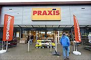 Nederland, Huissen, 13-10-2013De Praxis geopend tijdens koopzondag.Foto: Flip Franssen/Hollandse Hoogte
