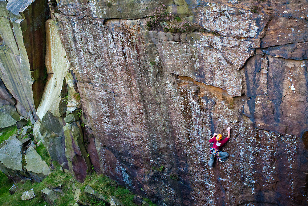 Pete Whittaker on the 1st Ascent of 'Inspiration Dedication'E8 6b/c at Burbage South 13/9/09
