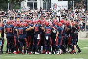American Football: European League of Football, Hamburg Sea Devils - Berlin Thunder, Hamburg, 11.07.2021<br /> Huddle Sea Devils<br /> © Torsten Helmke