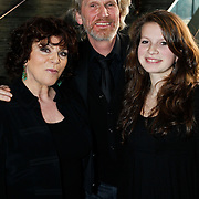 NLD/Hilversum/20100223 - Perspresentatie AVRO serie Bloedverwanten, Henriette Tol, partner Rob Snoek en dochter