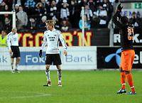 Fotball UEFA CUP 27.11.08, Rosenborg - Valencia,<br /> Miguel jubler for scoring, Per Ciljan Skjelbred har kastet av seg en hanske i frustrasjon, Mikael Dorsin depper ved målstanga,<br /> Foto: Carl-Erik Eriksson, Digitalsport