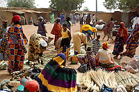 BURKINA FASO, Gorom-Gorom, 2007. Traders and nomads from miles around make this Thursday market one of the busiest in Burkina Faso.