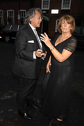 DAVID TANG and LADY ANNABEL GOLDSMITH at the annual Sir David & Lady Carina Frost Summer Party in Carlyle Square, London SW3 on 5th July 2007.<br /><br />NON EXCLUSIVE - WORLD RIGHTS