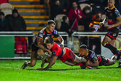 Tom Howe of Worcester Warriors scores his sides third try - Mandatory by-line: Craig Thomas/JMP - 02/02/2018 - RUGBY - Rodney Parade - Newport, Gwent, Wales - Dragons v Worcester Warriors - Anglo Welsh Cup