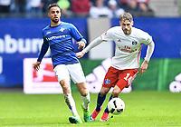 v.l. Sidney Sam, Aaron Hunt (HSV)<br /> Hamburg, 22.04.2017, Fussball Bundesliga, Hamburger SV - SV Darmstadt 98 1:2<br /> <br /> Norway only
