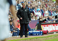 Photo: Chris Ratcliffe.<br /> Middlesbrough v West Ham United. The FA Cup, Semi-Final. 23/04/2006.<br /> Steve McClaren watches on.