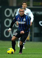 "Wesley SNEIJDER (Inter)<br /> Milano 17/02/2012 Stadio ""Giuseppe Meazza""<br /> Serie A 2011/2012<br /> Football Calcio Inter Vs Bologna<br /> Foto Insidefoto Alessandro Sabattini"