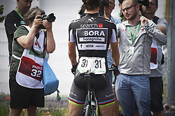 June 17, 2017 - Schaffhausen, Schweiz - Schaffhausen, 17.06.2017, Radsport - Tour de Suisse, Feature Peter Sagan mit den Journalisten an der Tour de Suisse. (Credit Image: © Melanie Duchene/EQ Images via ZUMA Press)