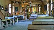 Wnętrze kościóła MB Częstochowskiej i Św. Klemensa, wybudowanego w latach 1847-51, to najstarsza drewniana budowla sakralna w mieście Zakopane.