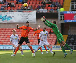 Dundee United's Mark Durnan and Inverness Caledonian Thistle's keeper Owain Fon-Williams. <br /> Dundee United 1 v 1 Inverness Caledonian Thistle, SPFL Ladbrokes Premiership game played 19/9/2015 at Tannadice.