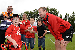 Oskar pycroft speaks with Wade Elliott of Bristol City - Photo mandatory by-line: Dougie Allward/JMP - Mobile: 07966 386802 - 05/07/2015 - SPORT - Football - Bristol - Brislington Stadium - Pre-Season Friendly