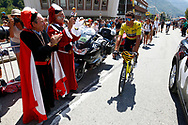 Greg Van Avermaet (BEL - BMC) yellow jersey, public, fans, during the 105th Tour de France 2018, Stage 11, Alberville - La Rosiere Espace Bernardo (108,5 km) on July 18th, 2018 - Photo Luca Bettini / BettiniPhoto / ProSportsImages / DPPI- photo Luca Bettini/BettiniPhoto©2018