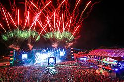 Fogos durante a 25ª edição do Planeta Atlântida. O maior festival de música do Sul do Brasil ocorre nos dias 31 Janeiro e 01 de fevereiro, na SABA, praia de Atlântida, no Litoral Norte do Rio Grande do Sul. FOTO: <br /> Diego Vara/ Agência Preview