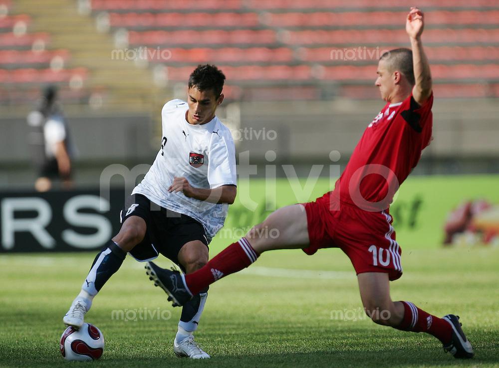 Fussball International U 20 WM  Oesterreich vs Canada Veli KAVLAK (AUT, l) gegen Will JOHNSON (CAN).